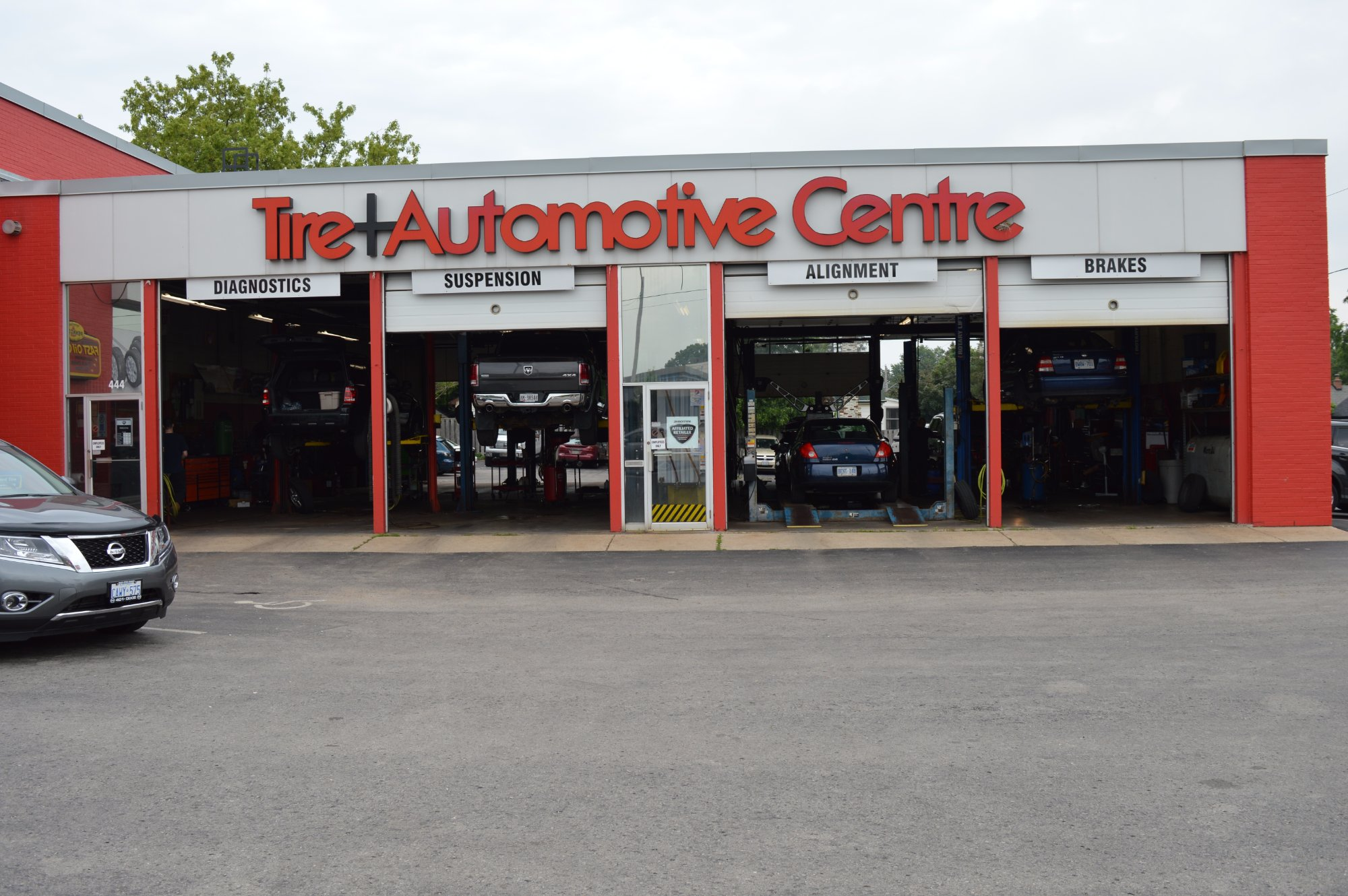 Hanford Tire and Automotive Centre