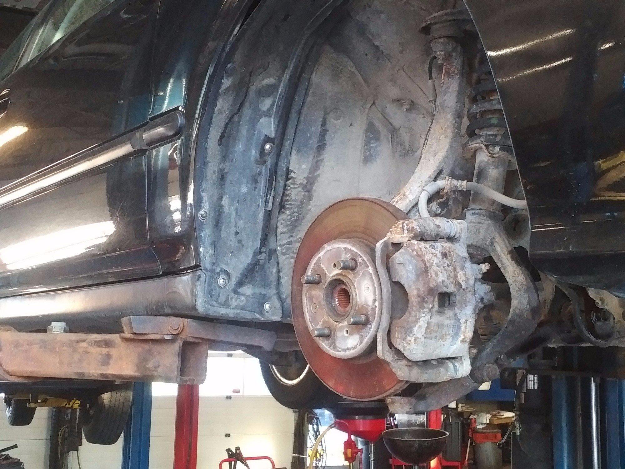 Auto Suspension Shop Near Me >> Suspension Shocks Struts Hanford S Tire Service